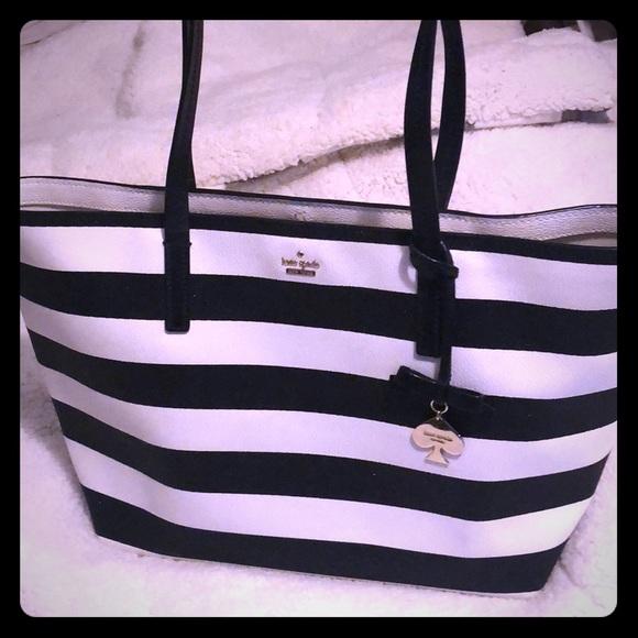 kate spade Handbags - Kate Spade sparkle tote purse